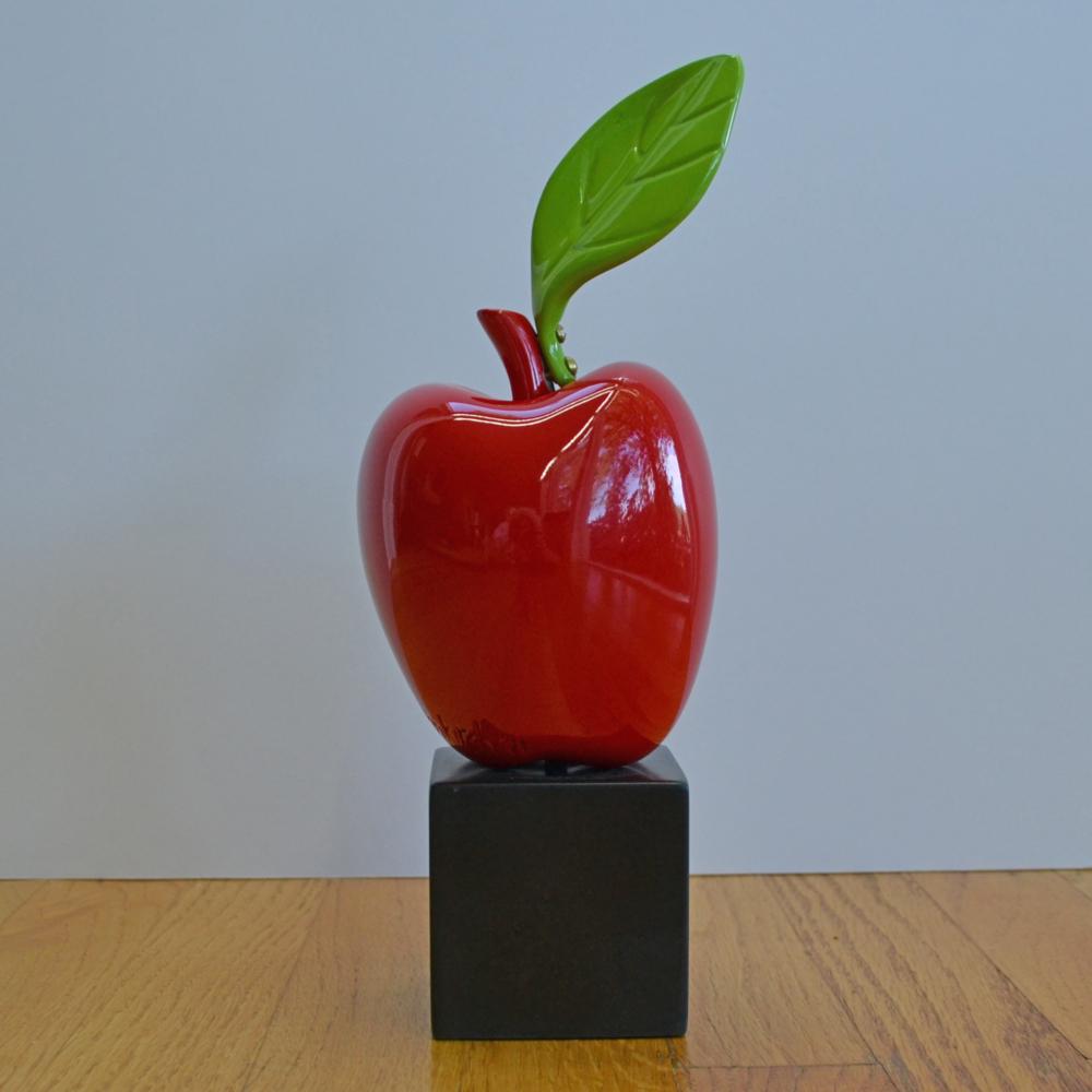 Apple with Leaf - Jan Kirsh